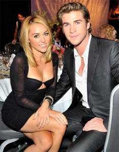 Miley-is-just-hooking-up-wi
