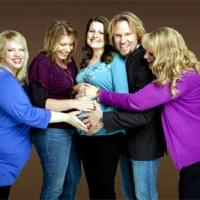 'Sister Wives' feels Happy about PLURAL Marriage!