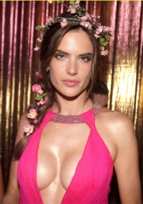 Alessandra-Ambrosio-having-
