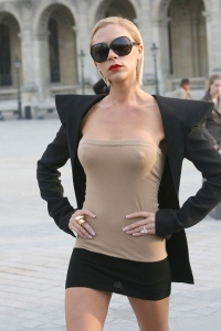 Victoria-Beckham-in-London,