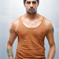 Siddharth Malhotra is working hard for his role in 'Brothers'