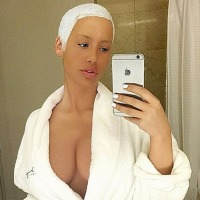 Amber Rose's Cleavage Show