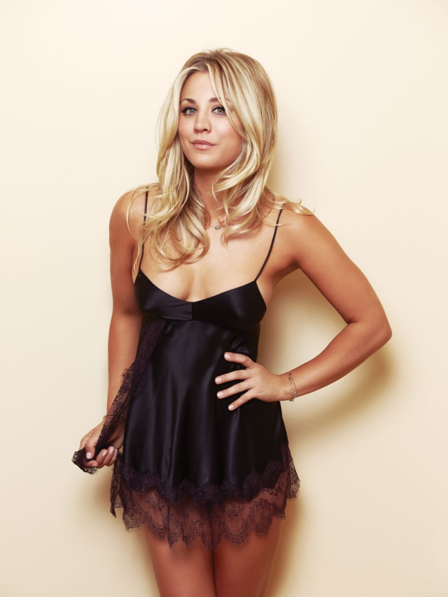 Kaley Cuoco at 23rd Annual 'A Night at Sardi's'