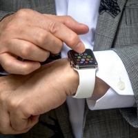 Your Apple Watch is not Secure, Could be Stolen and Reset
